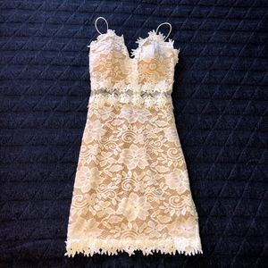 *Homecoming* Windsor | White Lace Dress | Size: S
